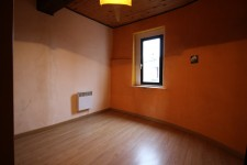 French property for sale in VINCA, Pyrenees Orientales - €72,000 - photo 7