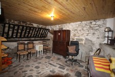 French property for sale in VINCA, Pyrenees Orientales - €72,000 - photo 9