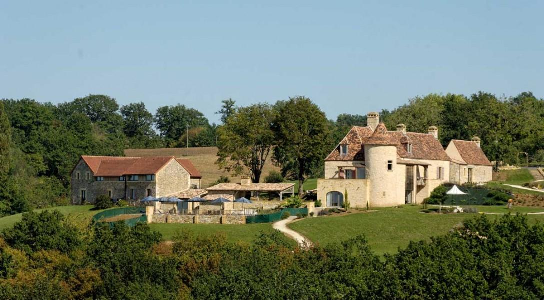Chateau for sale in valojoulx dordogne black perigord for Perigord chambre d hote