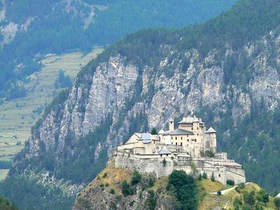 chateauin CHATEAU QUEYRAS