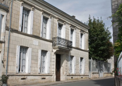 French property, houses and homes for sale in ST FORT SUR GIRONDE Charente_Maritime Poitou_Charentes