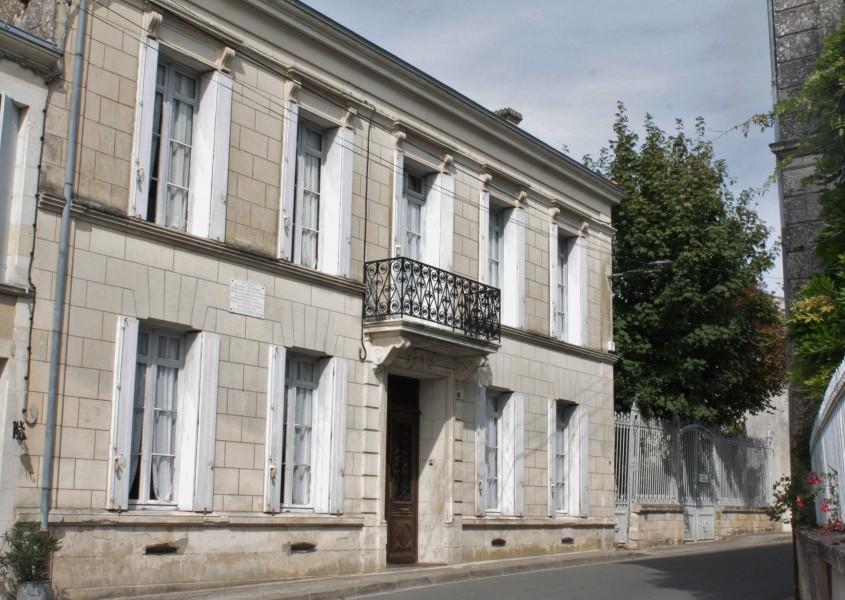 Maison vendre en poitou charentes charente maritime st for Maison aquitaine prix