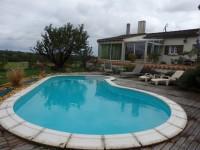 Maison à vendre à CHERVES RICHEMONT, Charente, Poitou_Charentes, avec Leggett Immobilier
