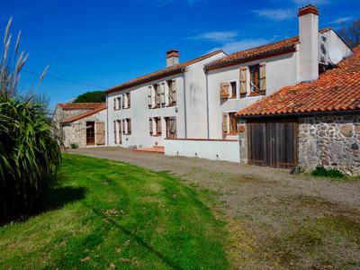 French property, houses and homes for sale in CHAILLE SOUS LES ORMEAUX Vendee Pays_de_la_Loire