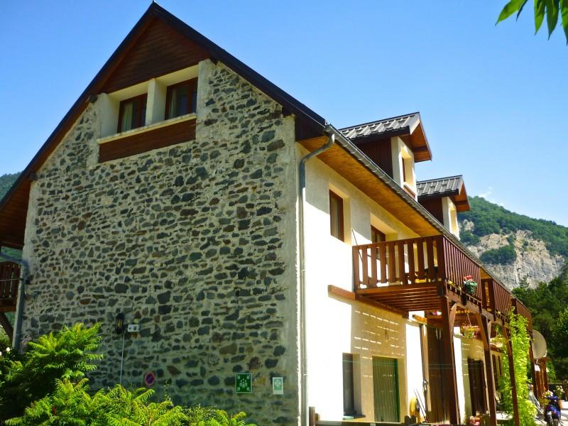 commerce vendre en rhone alpes isere le bourg d oisans magnifique grange toute r nov avec 4. Black Bedroom Furniture Sets. Home Design Ideas