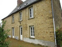 French property for sale in VILLIERS CHARLEMAGNE, Mayenne - €256,800 - photo 2