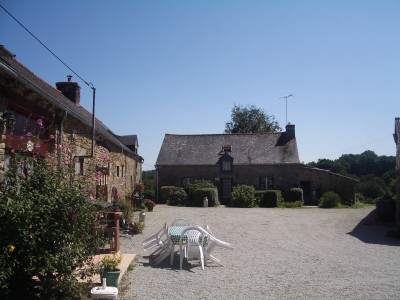 French property, houses and homes for sale in PLOUGUENAST Cotes_d_Armor Brittany