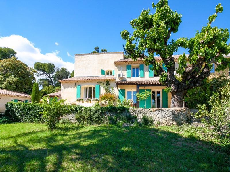maison vendre en paca vaucluse orange maison moderne et spacieuse au milieu des vignes de. Black Bedroom Furniture Sets. Home Design Ideas