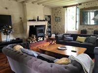 French property for sale in St Ciers d Abzac, Gironde - €595,000 - photo 4