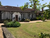 Maison à vendre à LA ROCHE CHALAIS en Dordogne - photo 2