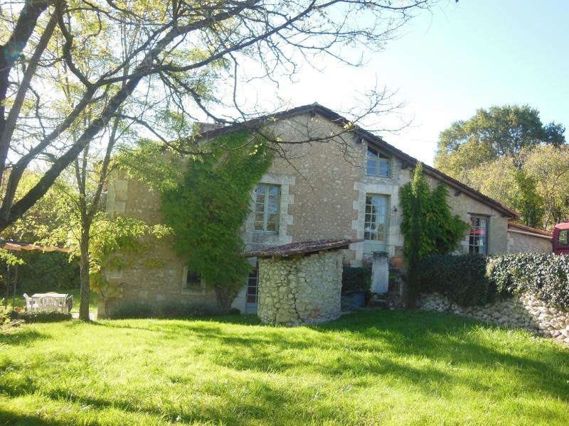 Maison vendre en aquitaine dordogne villetoureix charmante maison de camp - Petite maison de campagne ...