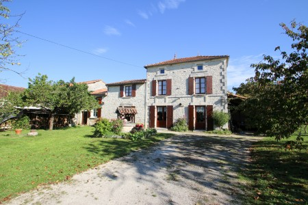 French property, houses and homes for sale in LUXE Charente Poitou_Charentes