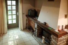 French property for sale in BRIGUEIL LE CHANTRE, Vienne - €93,500 - photo 3