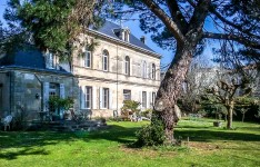 French property for sale in ETAULIERS, Gironde - €477,000 - photo 2