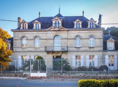 French property, houses and homes for sale in ETAULIERS Gironde Aquitaine