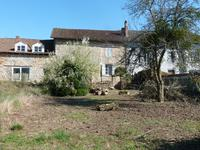 French property for sale in LES SALLES LAVAUGUYON, Haute Vienne - €31,000 - photo 8