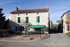 French property, houses and homes for sale inPERSACVienne Poitou_Charentes