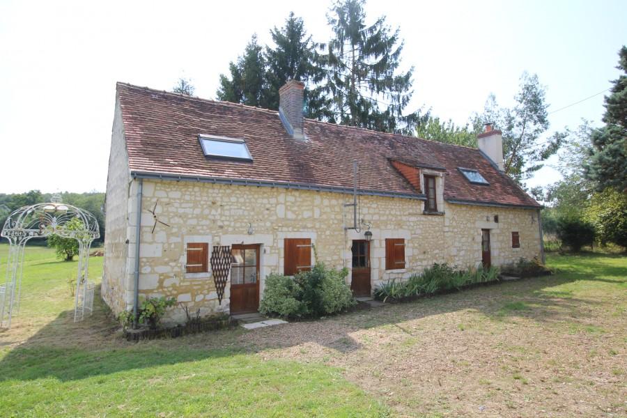 Maison vendre en pays de la loire maine et loire courleon maison de 3 chambres en pierre - Maison jardin a vendre aylmer colombes ...