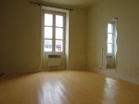 French property for sale in RENAZE, Mayenne - €93,000 - photo 4