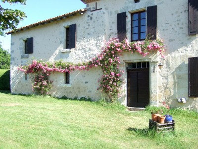French property, houses and homes for sale in LEGUILLAC DE CERCLES Dordogne Aquitaine