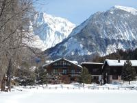 French ski chalets, properties in Courchevel, Trois vallées, Courchevel Le Praz, Three Valleys
