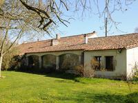 Maison à vendre à ROULLET ST ESTEPHE en Charente - photo 7
