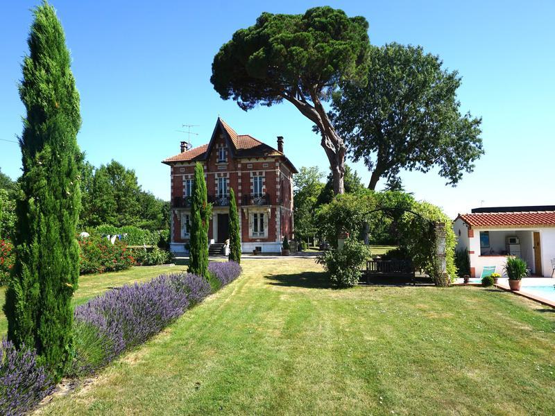 Maison vendre en midi pyrenees ariege saverdun for Acheter une maison de village
