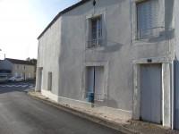 Maison à vendre à ARGENTON LES VALLEES en Deux_Sevres photo 0