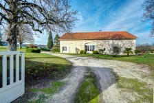 French property, houses and homes for sale inNABINAUDCharente Poitou_Charentes