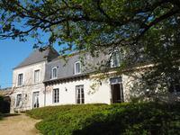 Chateau à vendre à AZAY LE RIDEAU en Indre et Loire - photo 1