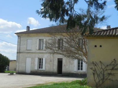 French property, houses and homes for sale in ST MAGNE DE CASTILLON Gironde Aquitaine