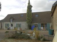 maison à vendre à ST CAPRAIS, Cher, Centre, avec Leggett Immobilier