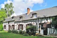 French property, houses and homes for sale in VILLERS SUR BONNIERES Oise Picardie