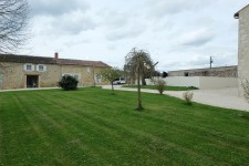 French property for sale in ST HILAIRE DE VILLEFRANCHE, Charente Maritime - €1,100,000 - photo 11