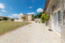 French property for sale in ST HILAIRE DE VILLEFRANCHE, Charente Maritime - €1,100,000 - photo 10