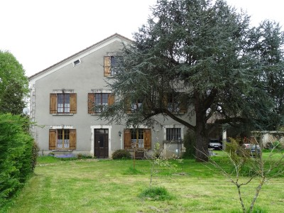 French property, houses and homes for sale in DOUZILLAC Dordogne Aquitaine
