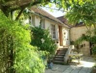 maison à vendre à VILLENEUVE SUR YONNE, Yonne, Bourgogne, avec Leggett Immobilier