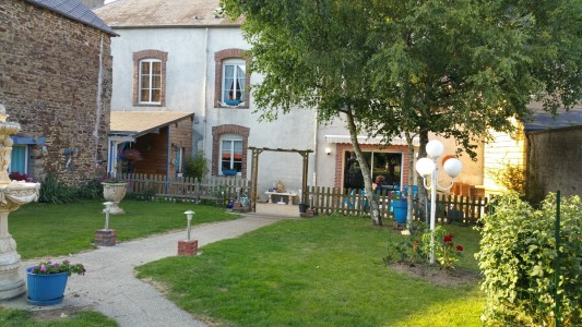 French property, houses and homes for sale in COUPTRAIN Mayenne Pays_de_la_Loire