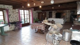 French property for sale in MAGNAT L ETRANGE, Creuse - €210,600 - photo 7