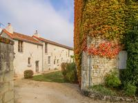 houses and homes for sale inTHUREVienne Poitou_Charentes