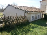 French property for sale in AUBETERRE SUR DRONNE, Charente - €56,000 - photo 3