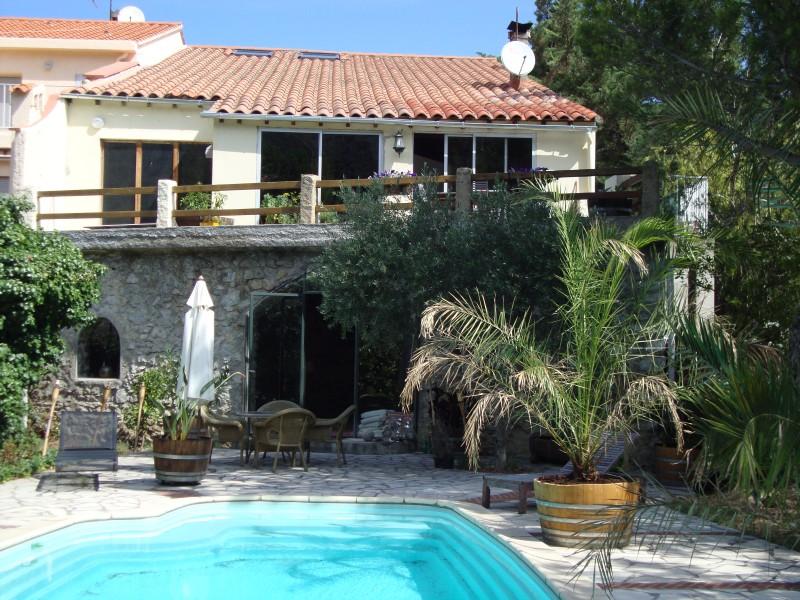 Maison vendre en languedoc roussillon pyrenees for Piscine fenouillet