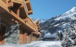 French property for sale in ST MARTIN DE BELLEVILLE, Savoie - €1,255,000 - photo 4