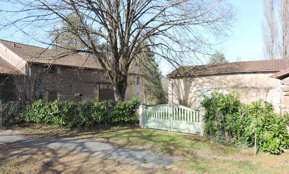 Maison vendre en aquitaine dordogne vergt p rigord for Acheter une vieille maison