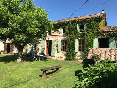 French property, houses and homes for sale in ST MARTIN DE COUX Charente_Maritime Poitou_Charentes