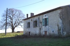 Maison à vendre à CHATIGNAC en Charente - photo 3