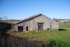 Maison à vendre à CHATIGNAC en Charente - photo 1