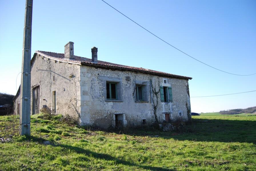 Maison à vendre à CHATIGNAC(16480) - Charente
