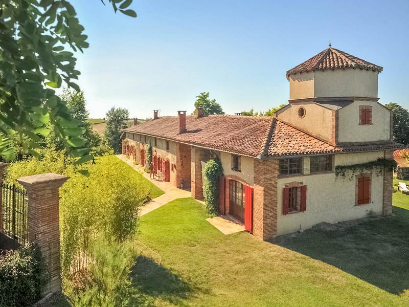 maison 224 vendre en midi pyrenees haute garonne auterive tr 232 s ferme en situation