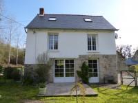 Maison à vendre à ST VRAN, Cotes_d_Armor, Bretagne, avec Leggett Immobilier